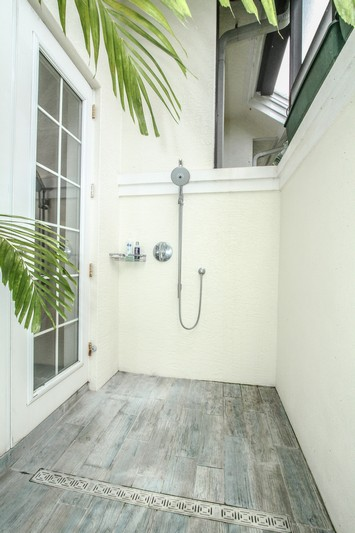 Master Bathroom Outdoor Shower