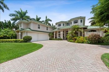 House in Olde Naples