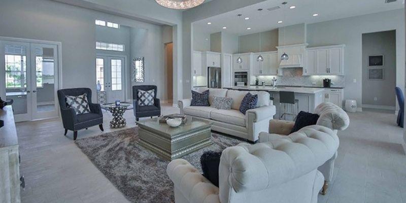 Naples Reserve living room